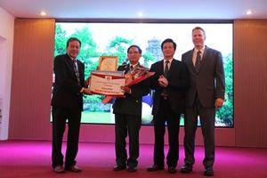 Trao thưởng cho các tác phẩm đạt giải tại cuộc thi 'Ảnh đẹp Du lịch Thừa Thiên Huế 2018'