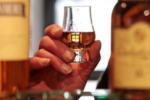 Sắm Tết cẩn thận: Nhiều rượu whisky Scotland quý hiếm bị làm giả