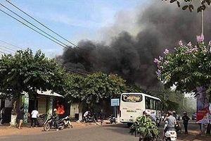 Nhà hàng cháy lớn 6 người tử vong: Nghi do hàn xì