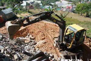 Lâm Đồng: Tháo dỡ 20 căn nhà xây dựng trái phép trên đất rừng