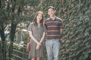 Jung Hae In đóng cặp với Kim Go Eun nhưng lại trông giống đôi bạn thân hơn là tình nhân