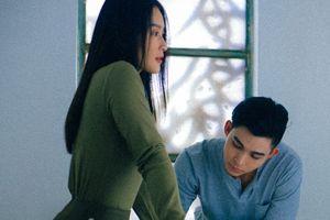 Không phải 'thính' nữa rồi, bộ đôi Jun Phạm và Khả Ngân chính thức tái xuất trong teaser 'Gật đầu'