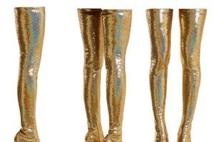 Michelle Obama 'gây sốt' khi xuất hiện với đôi boots trị giá gần 100 triệu đồng