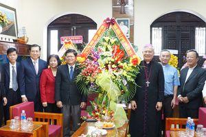 Lãnh đạo TP Đà Nẵng chúc mừng Giáng sinh