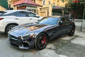 Mercedes-AMG GT S màu đỏ độc nhất Việt Nam đổi diện mạo như xe Dubai, tái xuất tại Hà Nội