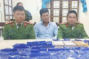 Nghệ An: Bắt giữ hai đối tượng, thu giữ 14.000 viên ma túy tổng hợp
