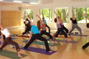 Tập yoga giúp đẩy lùi nhiều bệnh hiểm nghèo, kể cả ung thư