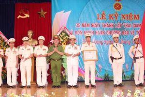 Trại giam Mỹ Phước đón nhận Huân chương Bảo vệ Tổ quốc Hạng Ba