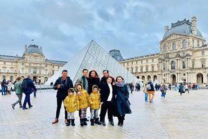 Chuyện showbiz: Kim Lý đưa Hồ Ngọc Hà sang Pháp đón Giáng sinh