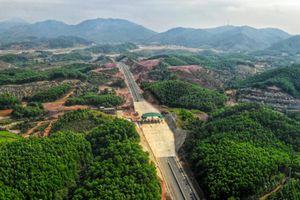 Toàn cảnh cao tốc 12.000 tỷ tại Quảng Ninh trước ngày thông xe