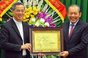Phó Thủ tướng Thường trực Trương Hòa Bình chúc mừng lễ Giáng sinh