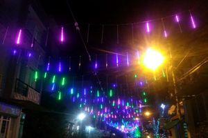 Xóm đạo Sài Gòn lung linh như cổ tích đón Giáng sinh