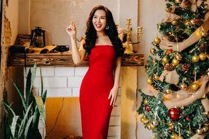 Võ Hạ Trâm tung ca khúc Giáng Sinh mới sau bộ ảnh cưới