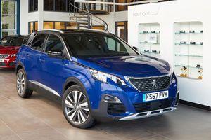 XE HOT QUA ẢNH (23/12): Đại lý chào bán Honda Civic 2019, bảng giá xe Peugeot tháng 12