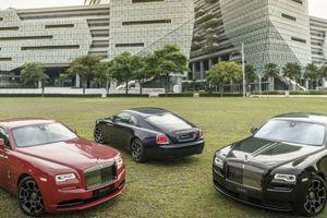 'Hàng thửa' Rolls-Royce Wraith Black Badge màu đỏ của Hoàng tử Malaysia