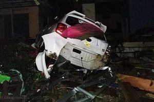 Thương vong tăng mạnh vì sóng thần ập đến trong đêm tại Indonesia