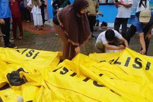 Cảnh báo mới về sóng thần khi số người thiệt mạng tăng lên 168