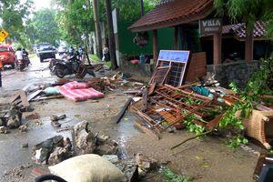 Sóng thần tấn công Indonesia, hơn 1000 người thương vong