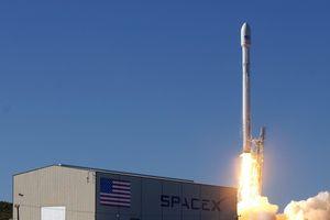 SpaceX của Elon Musk lần đầu phóng vệ tinh quân sự
