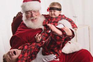 Trẻ em lần đầu gặp ông già Noel: Đâu phải lúc nào cũng hạnh phúc