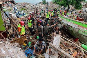 Indonesia tan hoang như ngày tận thế sau trận sóng thần núi lửa