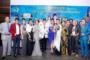 Đêm yến tiệc hoành tráng do Nam vương Huy Hoàng tổ chức