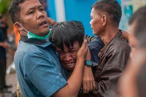 Bi thương dồn lên người Indonesia sau đại họa sóng thần