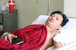 Vô cớ bị bắn khi vào đầm tôm của gia đình