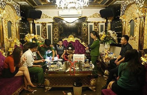 Sử dụng ma túy tại karaoke ở Hà Tĩnh: Đình chỉ một phó giám đốc ngân hàng