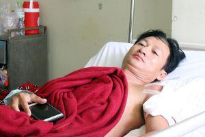 Không cho kiểm tra giấy tờ, nhân viên HTX bắn người dân nhập viện