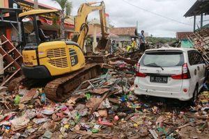 Sóng thần Indonesia: Gần 1300 người thương vong, nguy cơ một đợt sóng mới ập tới