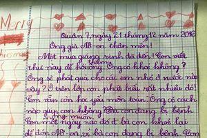 Những bức thư gửi ông già Noel của các em nhỏ lấy nước mắt người đọc