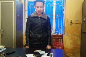 Hưng Yên: Bắt gọn 9x mua bán ma túy tại cổng chợ Phủ