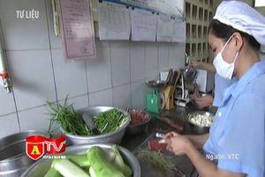 Sở Y tế Hà Nội siết chặt nguồn gốc thực phẩm vào trường học