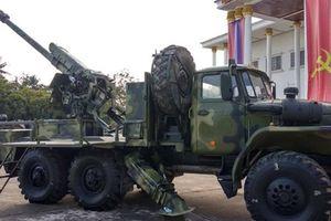 Lào tích hợp thành công pháo 122mm lên xe tải việt dã