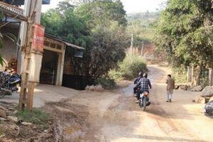 Yên Bái: Đường lên vùng chè cổ thụ Suối Giàng khốn khó vì GPMB chậm