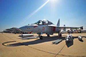 Lào tiếp nhận Yak-130 sẵn sàng thay thế huyền thoại MiG-21?