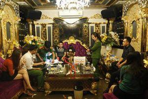 Vụ 'tiệc ma túy' tại quán karaoke Dubai: Đình chỉ công tác cán bộ kiểm lâm