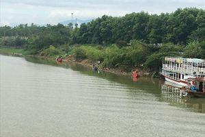 Đà Nẵng: Nữ giáo viên gieo mình xuống sông Cẩm Lệ tự tử
