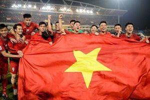 Dân mạng tranh cãi trước xu hướng đề thi 'theo trend' ĐT Việt Nam