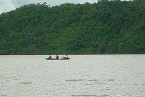 Chìm xuồng ở hồ Đa Tôn, 3 người chết đuối
