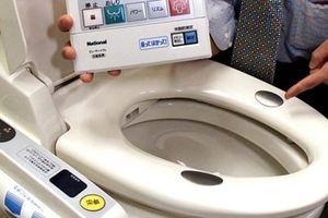 'Cuộc chiến toilet' ở Nhật Bản