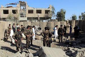 Củng cố lực lượng chống Taliban, Tổng thống Afghanistan bất ngờ thay Bộ trưởng Nội vụ và Quốc phòng