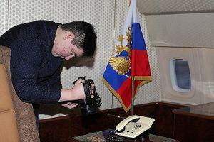 Ông Putin mời cậu bé mắc bệnh hiểm nghèo tham quan chuyên cơ Tổng thống