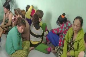 11 'quý bà' bị bắt khi đang sát phạt trên chiếu bạc