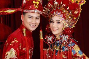 Méo mặt vì 650 khách 'đi' 350 phong bì, Lâm Khánh Chi quyết mở lại tiệc