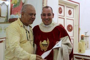 Giả mạo linh mục suốt 18 năm