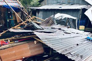 Mưa dông làm sập nhà ở Phú Quốc