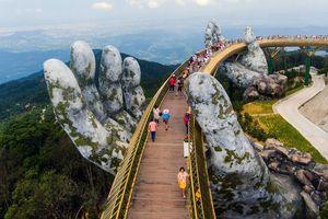 Cầu Vàng – Đà Nẵng lọt top ảnh du lịch ấn tượng năm 2018