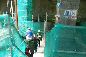 Tuyến metro số 1 TPHCM: Gàu múc đất hiện có chỉ thi công được 1,5m